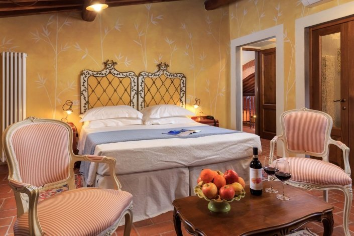 Suite Le Ginestre Le Lappe Relais in Tuscany
